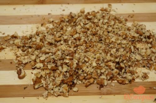 Приготовление курицы под ореховым соусом