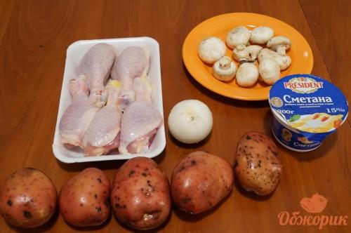 Приготовление куриной голени, запеченной с картофелем и грибами