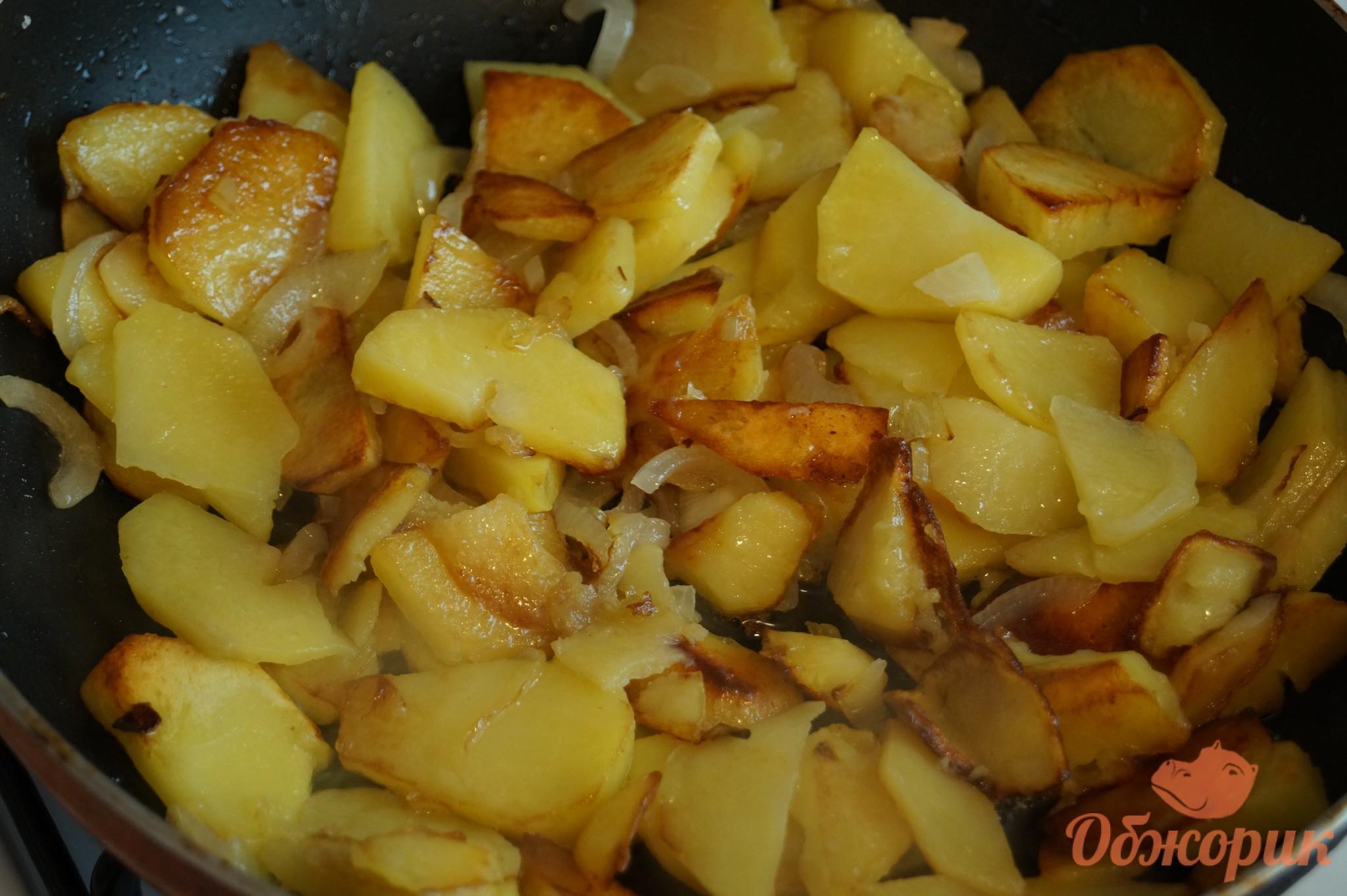 Как пожарить шампиньоны с картошкой на сковороде фото рецепт пошаговый