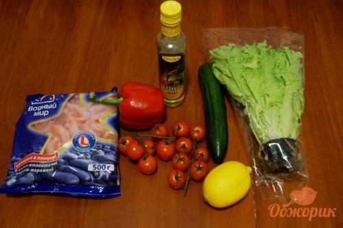 Приготовление салата с креветками