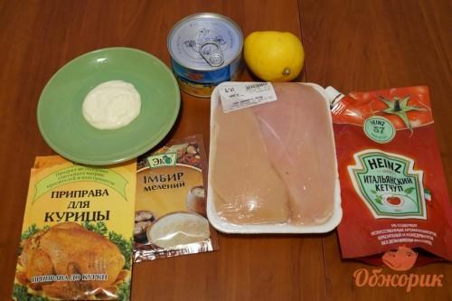 Приготовление курицы с ананасами на шпажках