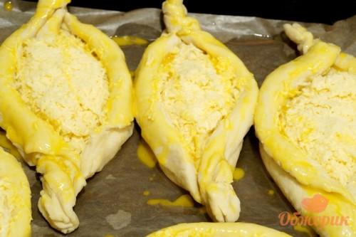 Приготовление хачапури по-аджарски
