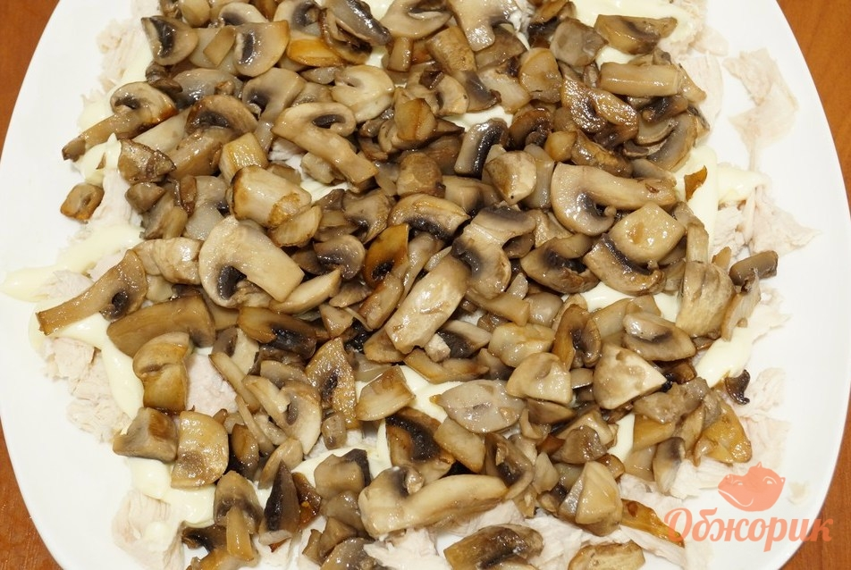 рецепт салата курица сыр яйца грибы