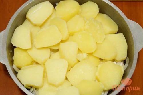 Приготовление картофельной запеканки с грибами