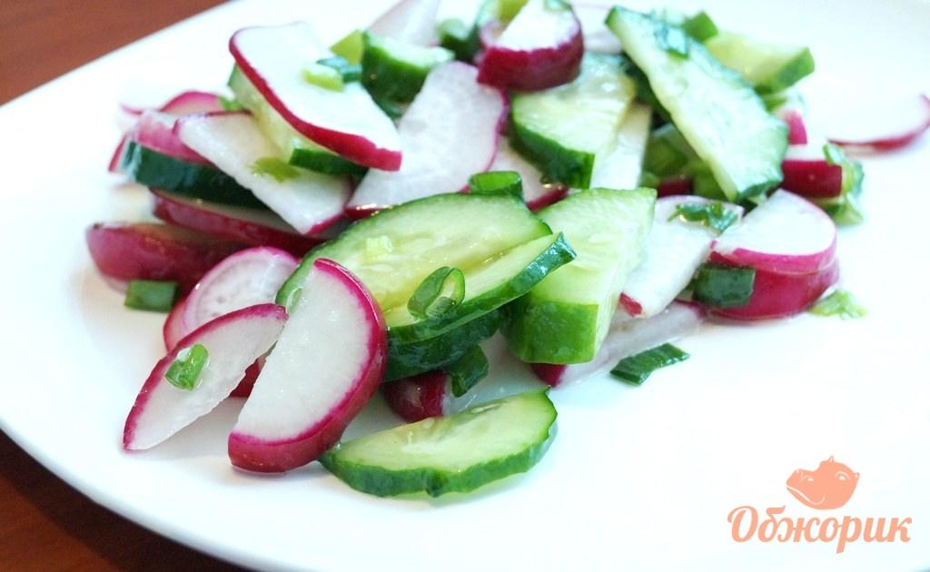 Салат с редькой и огурцом рецепт