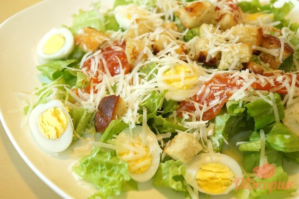 рецепт салата цезарь с красной рыбой с фото