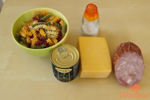 Приготовление макарон с ветчиной и сыром