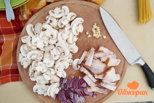 Рецепт пасты с грибами и беконом