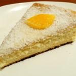 Карамельно-кокосовый торт