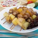 Картошка с грибами на шпажках в духовке